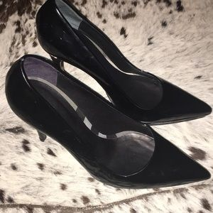 Authentic Burberry patent leather black heels